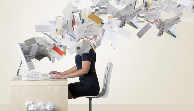 Je-mailbox-vol-laten-lopen
